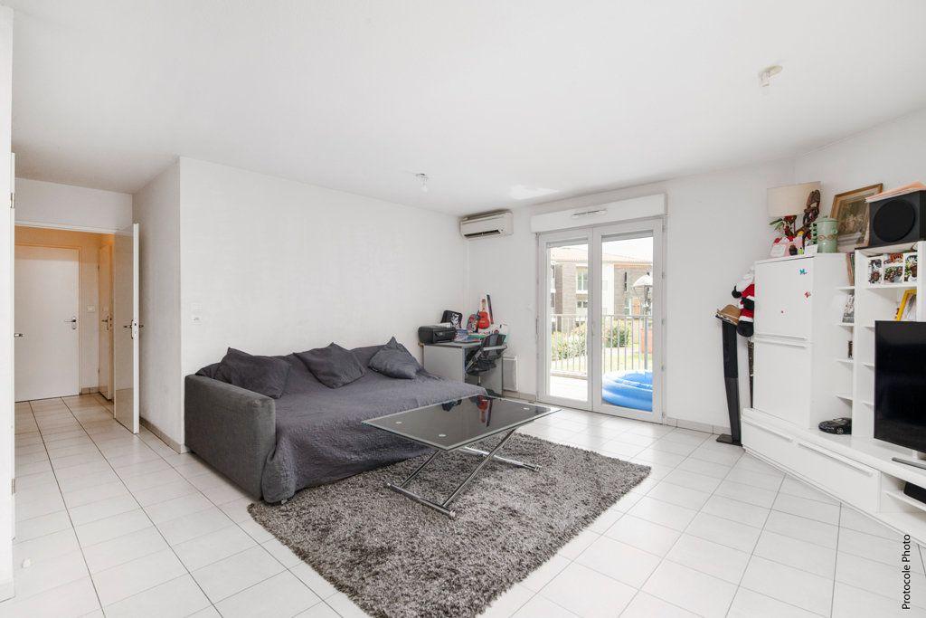 Appartement à vendre 3 65m2 à Toulouse vignette-3