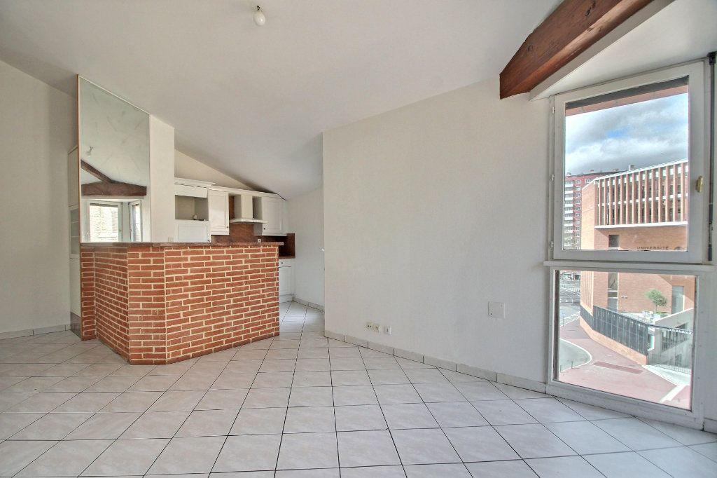 Appartement à vendre 4 63.17m2 à Toulouse vignette-2