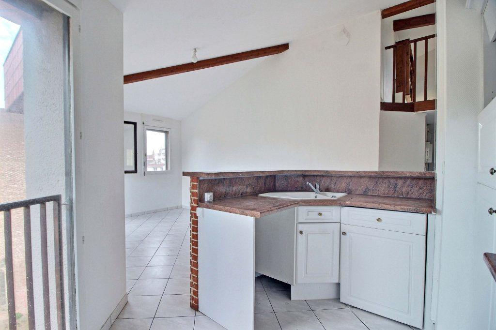 Appartement à vendre 4 63.17m2 à Toulouse vignette-3