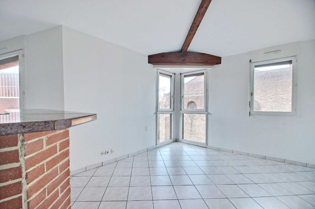 Appartement à vendre 4 63.17m2 à Toulouse vignette-4