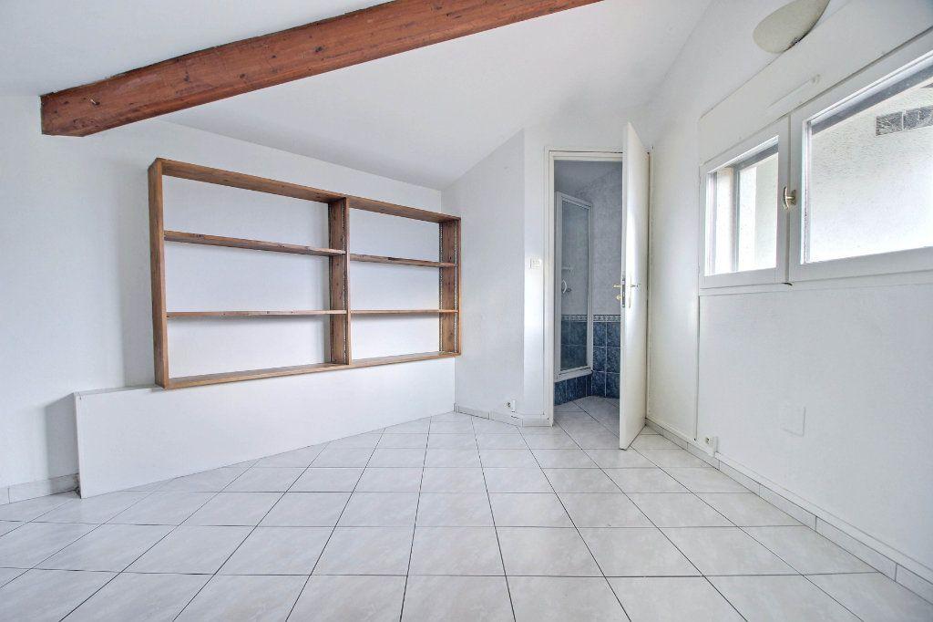 Appartement à vendre 4 63.17m2 à Toulouse vignette-7