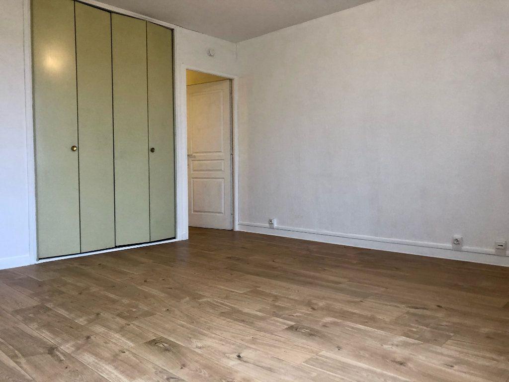 Appartement à louer 2 27.21m2 à Toulouse vignette-3