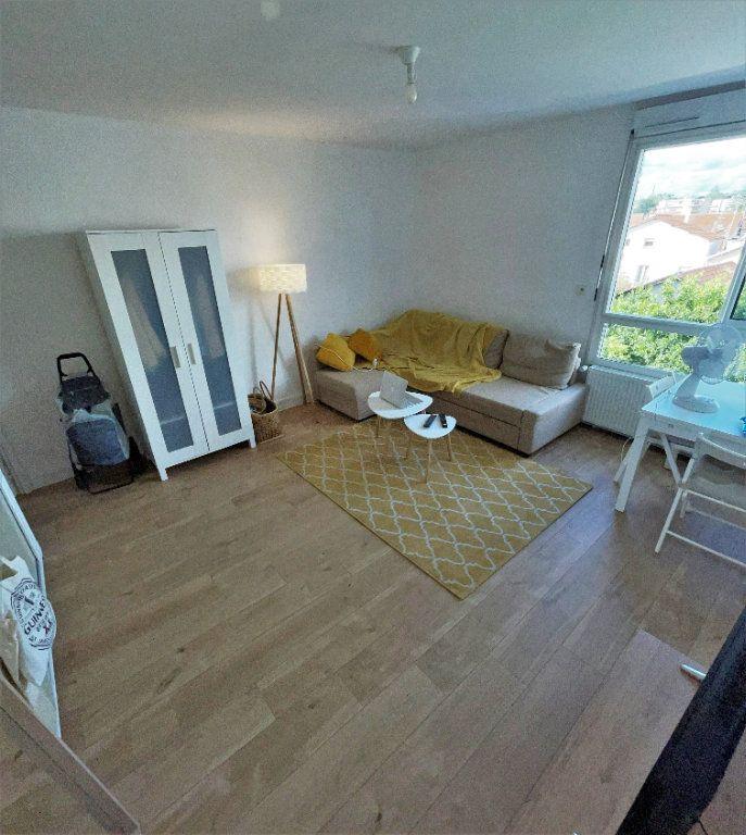 Appartement à louer 2 27.21m2 à Toulouse vignette-1