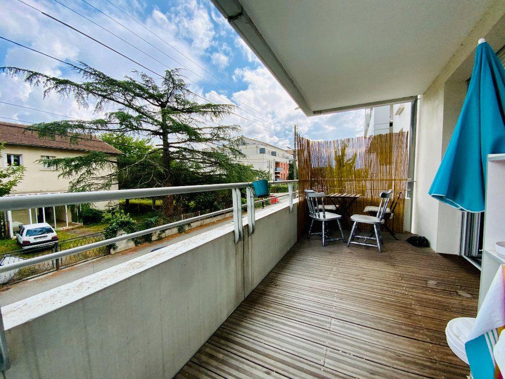 Appartement à vendre 3 58.8m2 à Toulouse vignette-3
