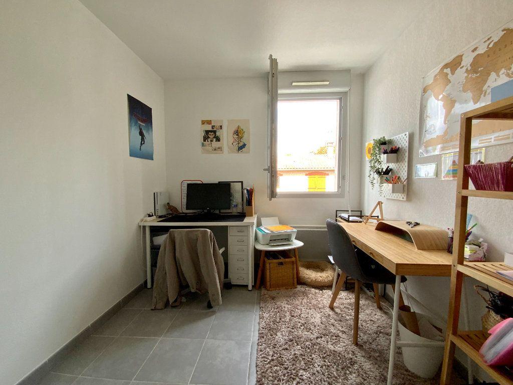 Appartement à vendre 3 58.8m2 à Toulouse vignette-5