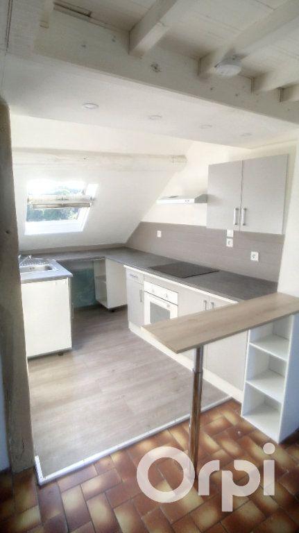 Appartement à louer 2 26.02m2 à Clermont vignette-3