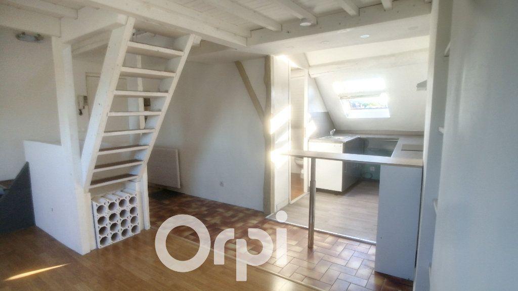 Appartement à louer 2 26.02m2 à Clermont vignette-5