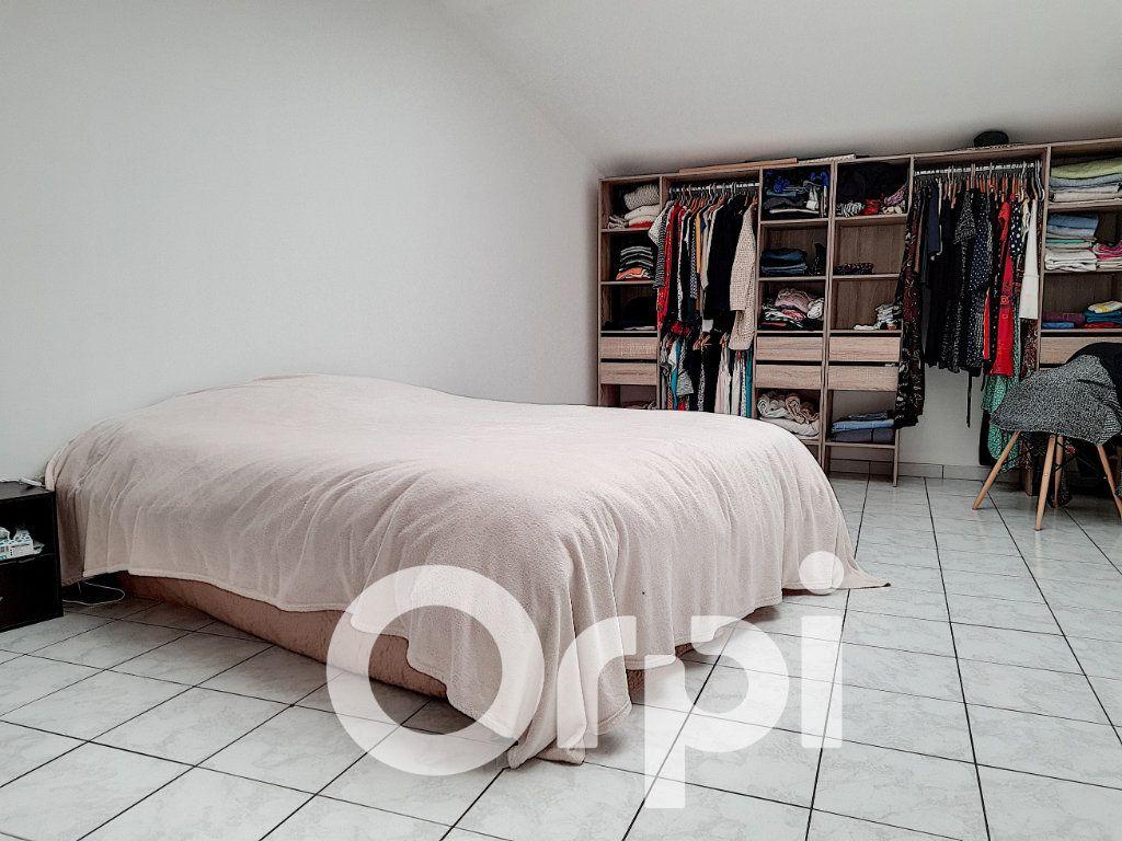 Appartement à vendre 5 138.76m2 à Clermont vignette-4