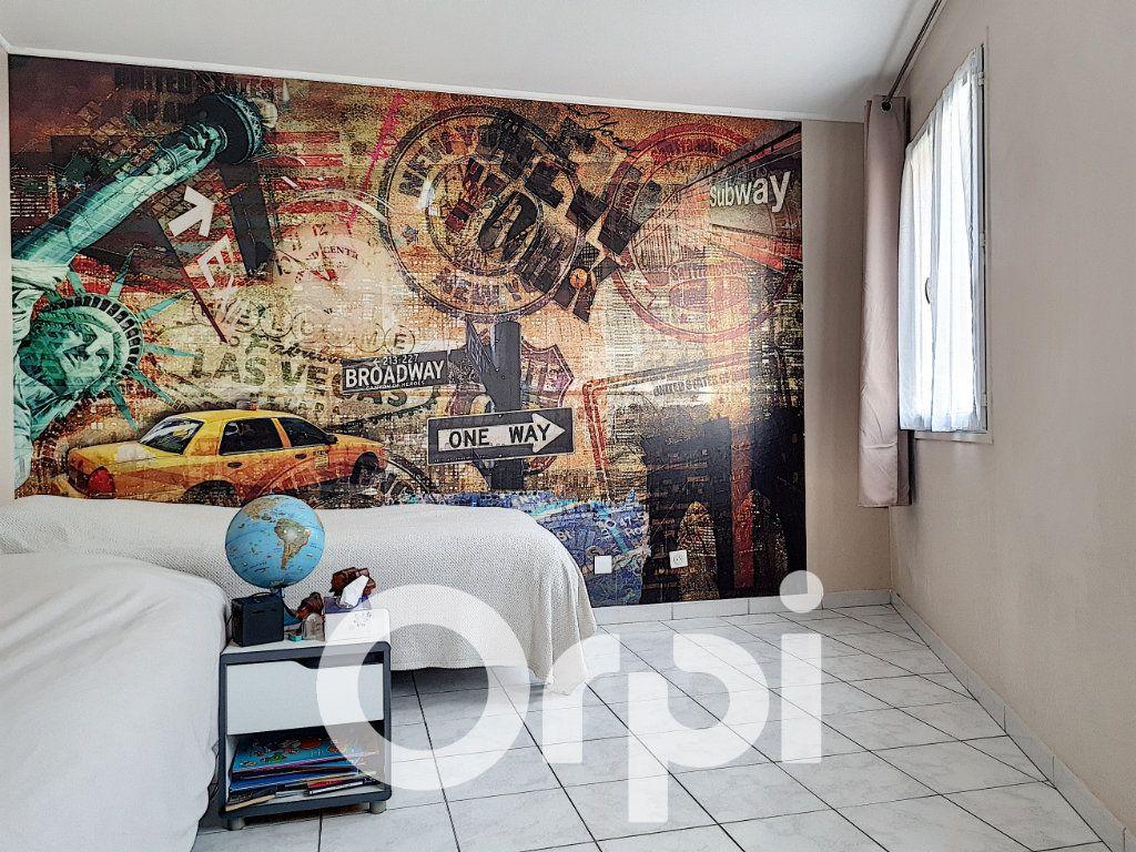 Appartement à vendre 5 138.76m2 à Clermont vignette-5