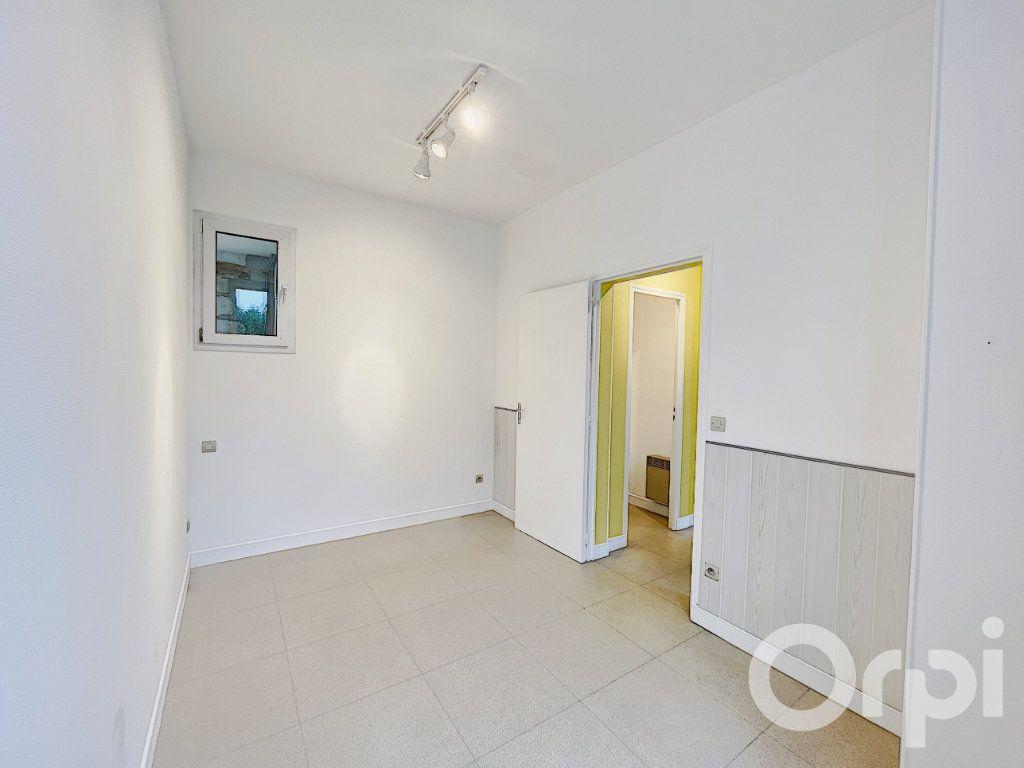 Appartement à louer 2 62m2 à Clermont vignette-2
