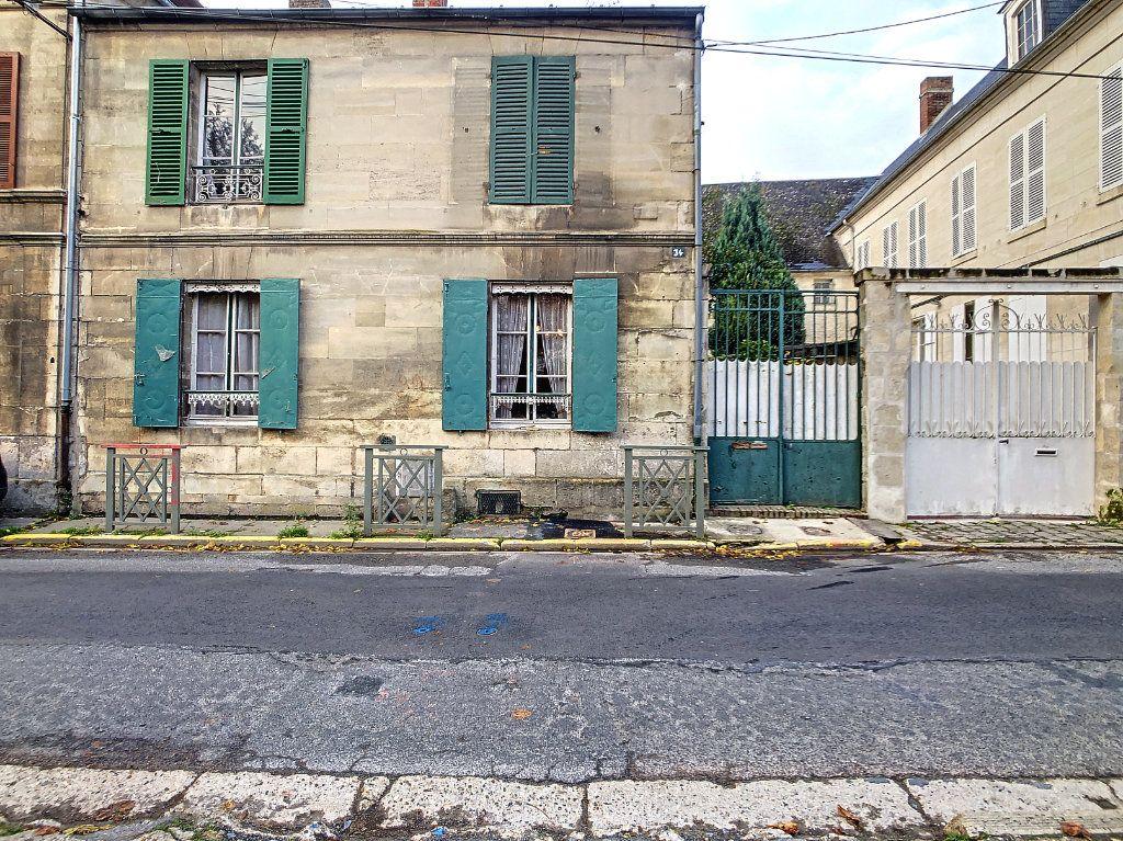 Maison à vendre 5 106m2 à Mouy vignette-1