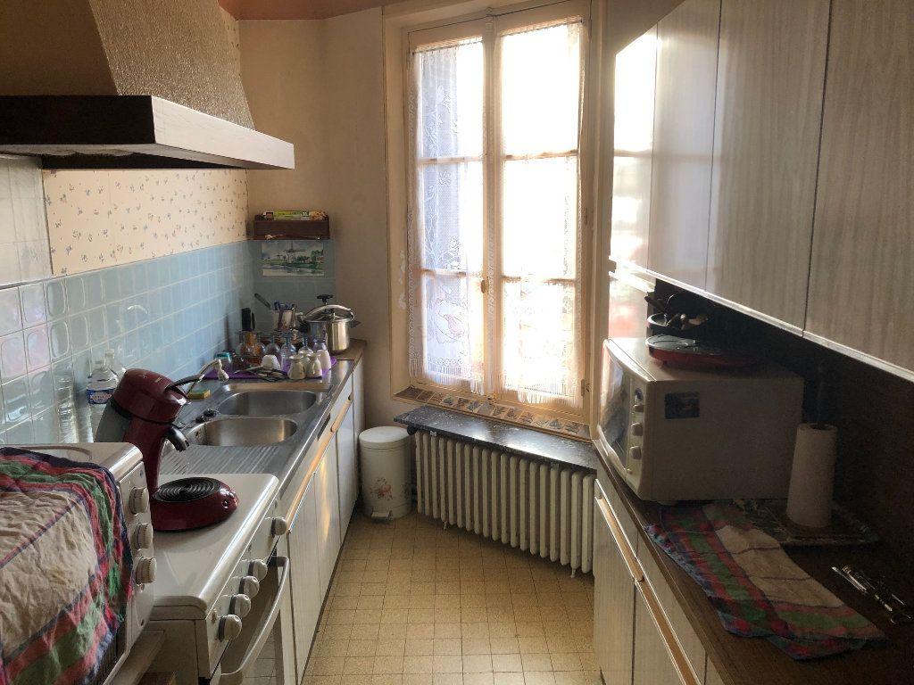 Maison à vendre 6 146m2 à Saint-Just-en-Chaussée vignette-5
