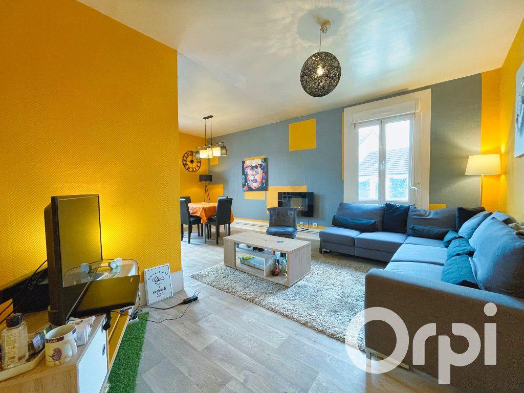 Appartement à louer 3 71.82m2 à Clermont vignette-1