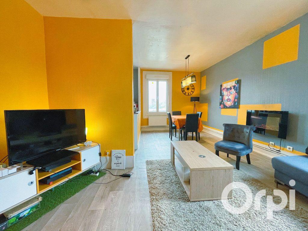 Appartement à louer 3 71.82m2 à Clermont vignette-2