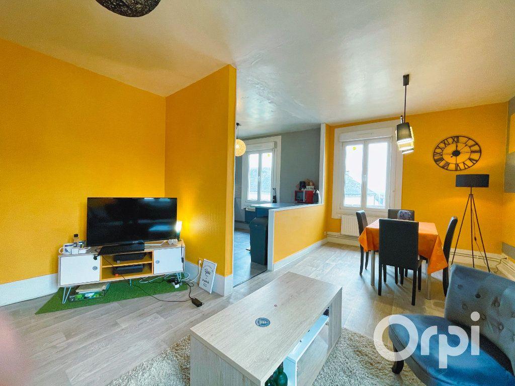 Appartement à louer 3 71.82m2 à Clermont vignette-3