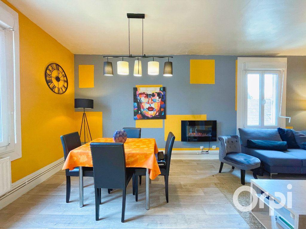 Appartement à louer 3 71.82m2 à Clermont vignette-4
