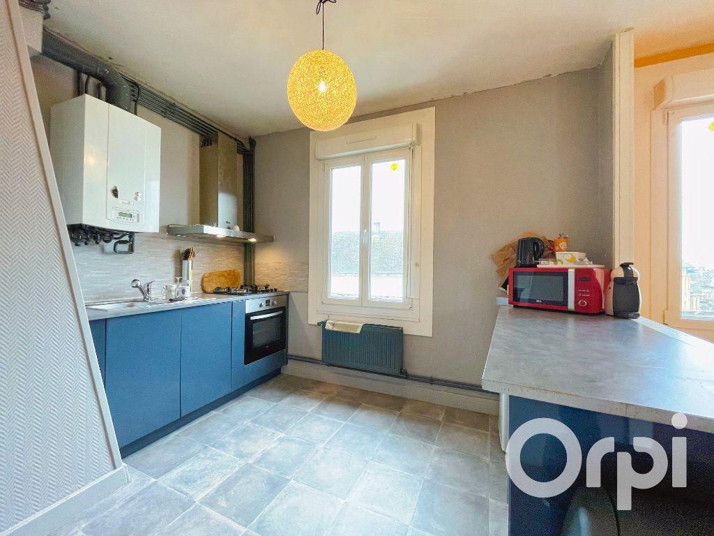 Appartement à louer 3 71.82m2 à Clermont vignette-5