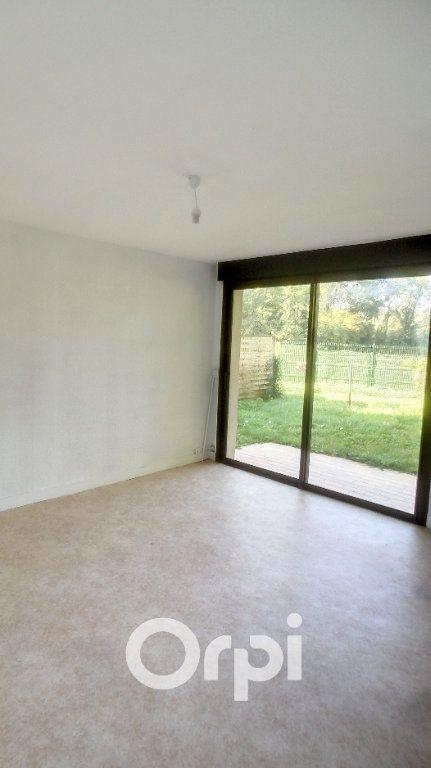 Appartement à louer 2 43.4m2 à Bailleval vignette-2