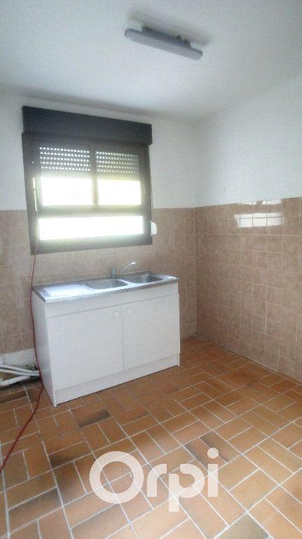 Appartement à louer 2 43.4m2 à Bailleval vignette-7