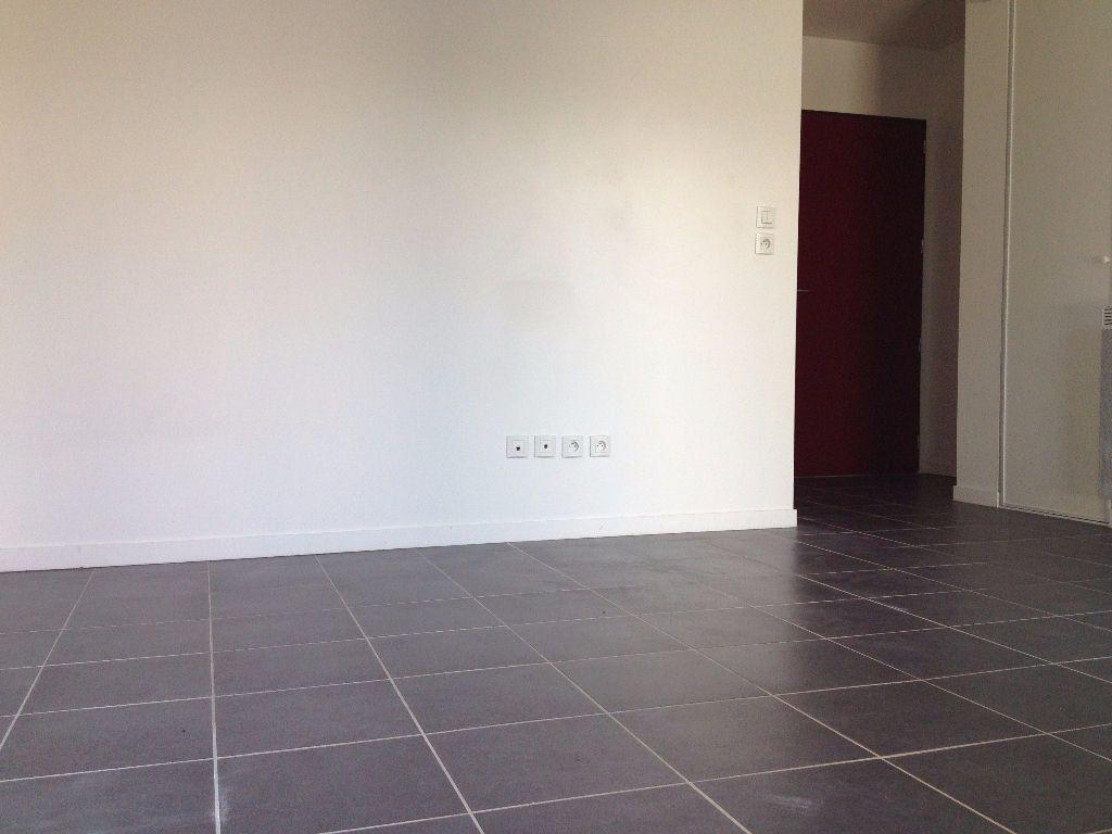 Appartement à vendre 1 22m2 à Angoulins vignette-1