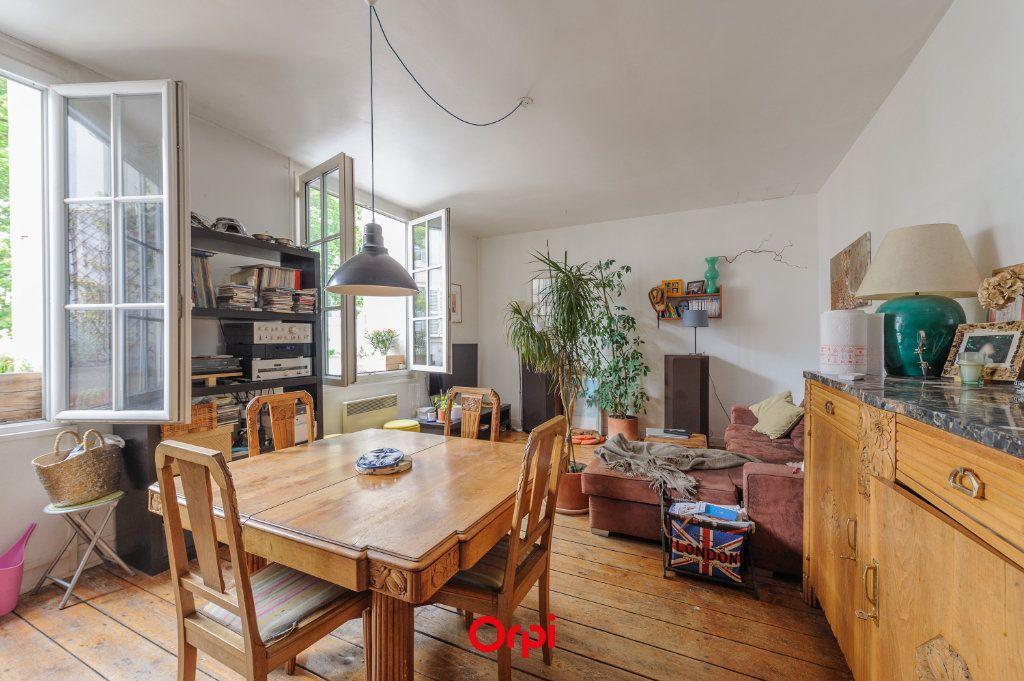 Appartement à vendre 3 60m2 à La Rochelle vignette-1