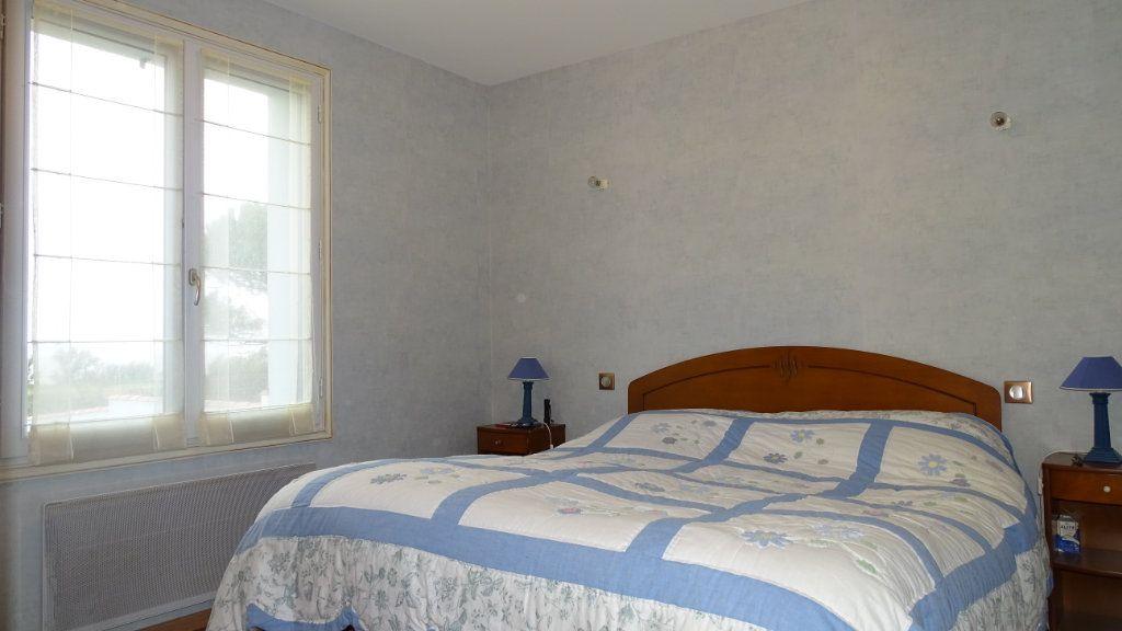 Maison à vendre 8 210m2 à Châtelaillon-Plage vignette-8