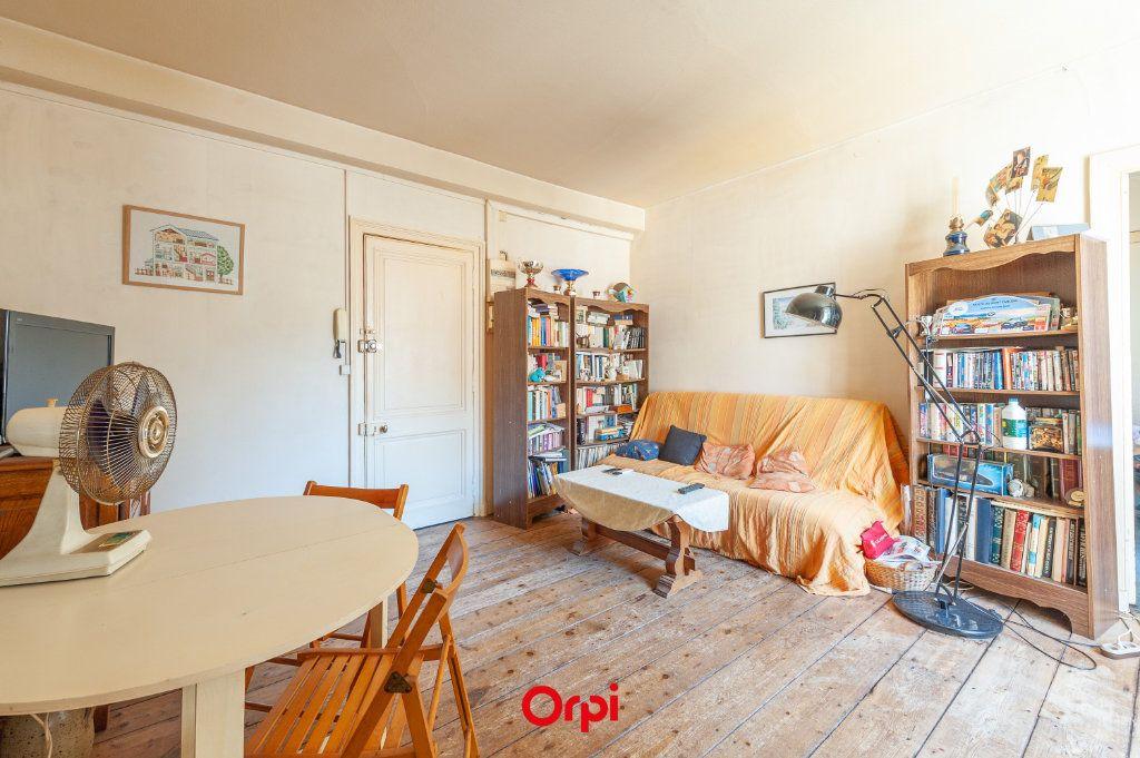 Appartement à vendre 3 53m2 à La Rochelle vignette-1