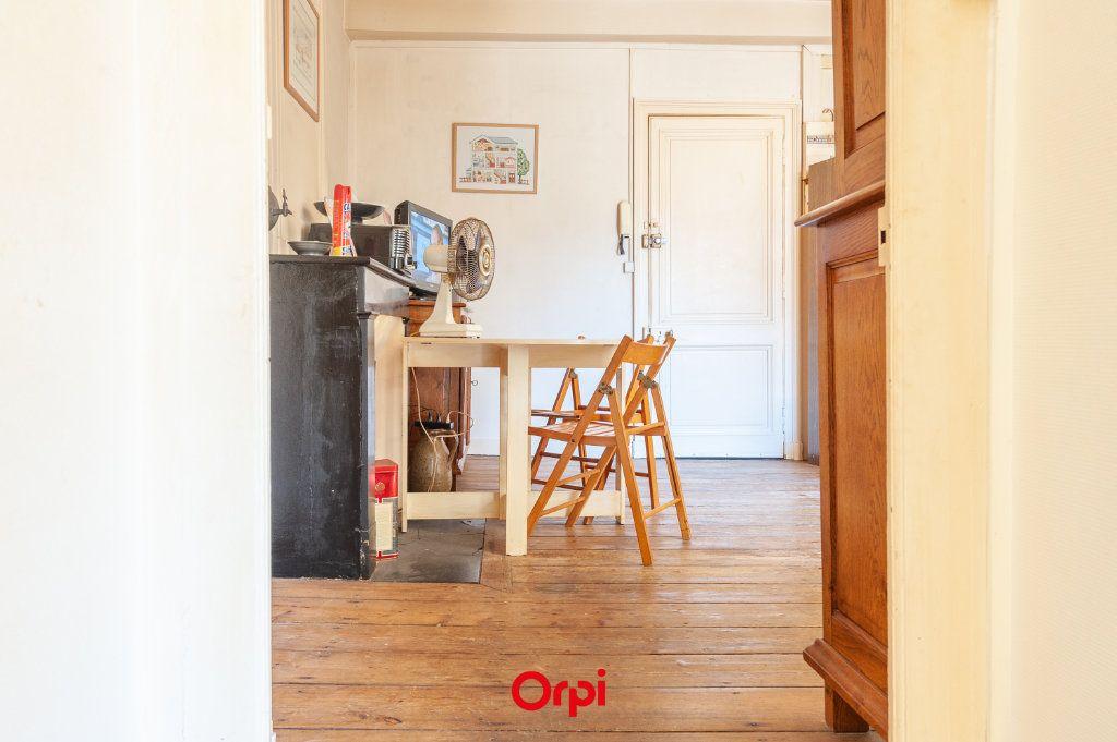 Appartement à vendre 3 53m2 à La Rochelle vignette-2