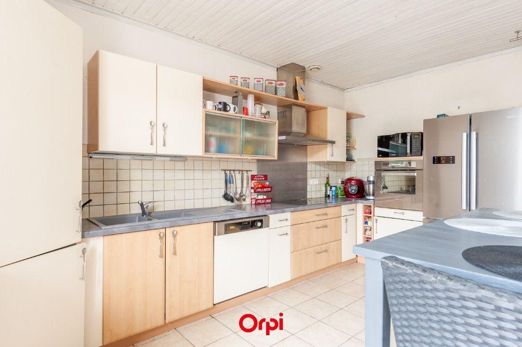 Maison à vendre 12 345m2 à Saint-Vivien vignette-7