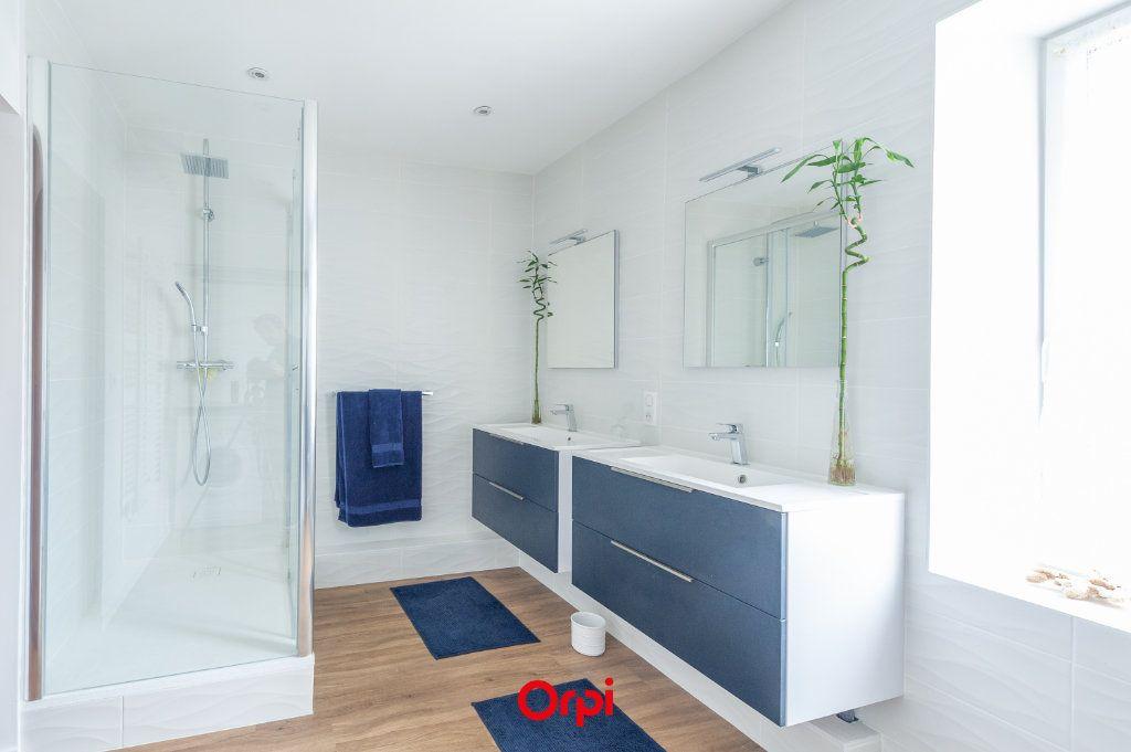 Maison à vendre 12 345m2 à Saint-Vivien vignette-16