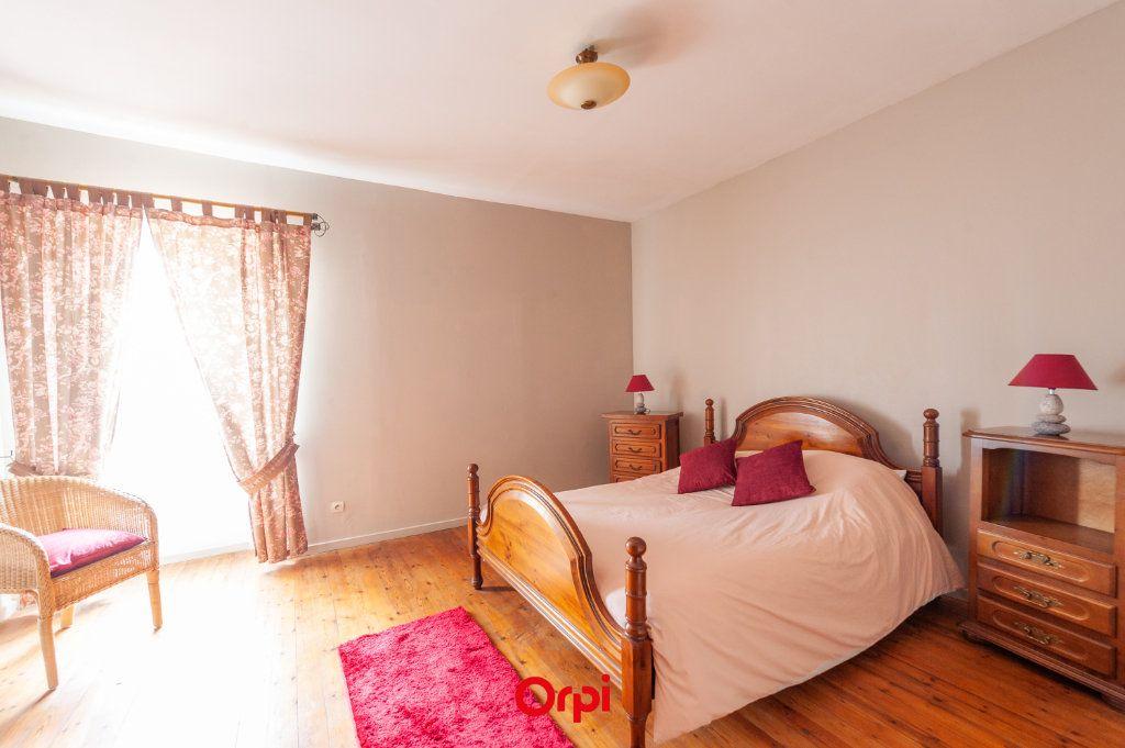 Maison à vendre 12 345m2 à Saint-Vivien vignette-17
