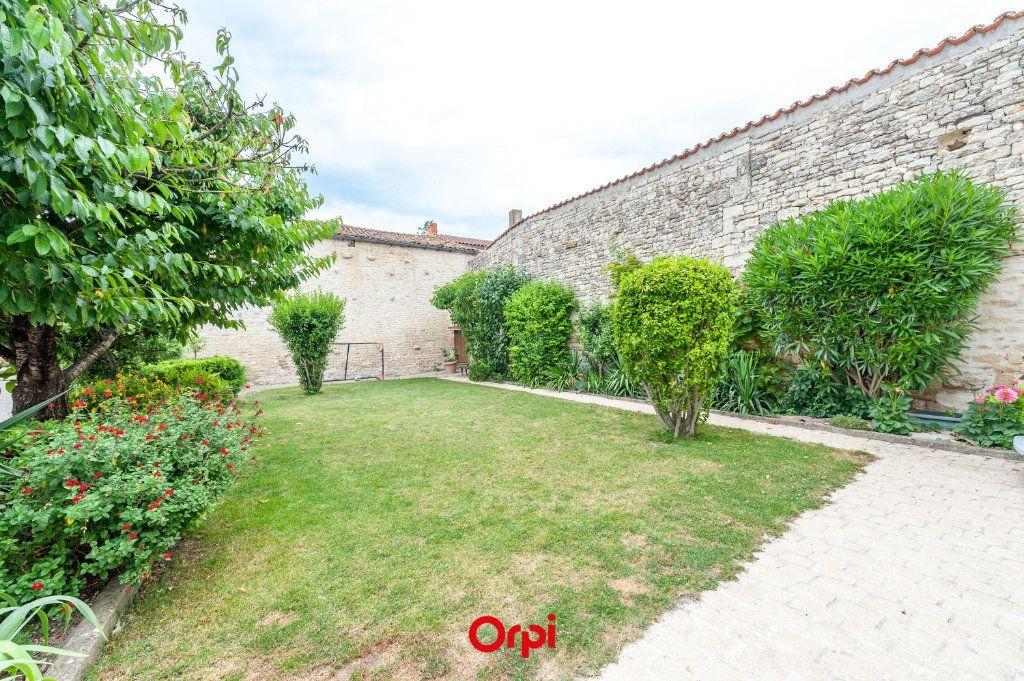 Maison à vendre 12 345m2 à Saint-Vivien vignette-18