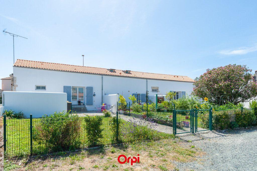 Maison à vendre 7 169m2 à Saint-Rogatien vignette-2