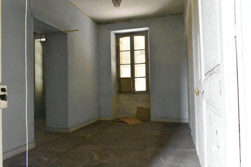 Maison à vendre 8 177m2 à Angoulins vignette-4