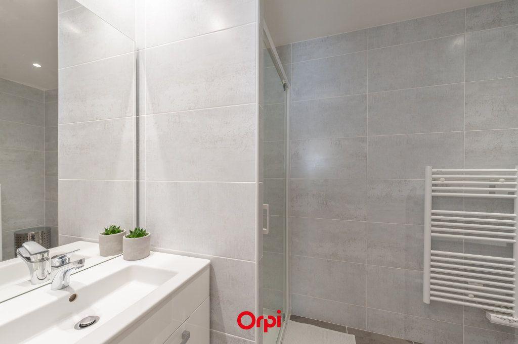 Appartement à vendre 2 58.35m2 à La Rochelle vignette-11