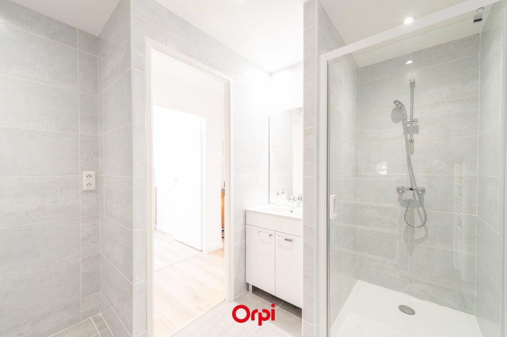Appartement à vendre 2 58.35m2 à La Rochelle vignette-12