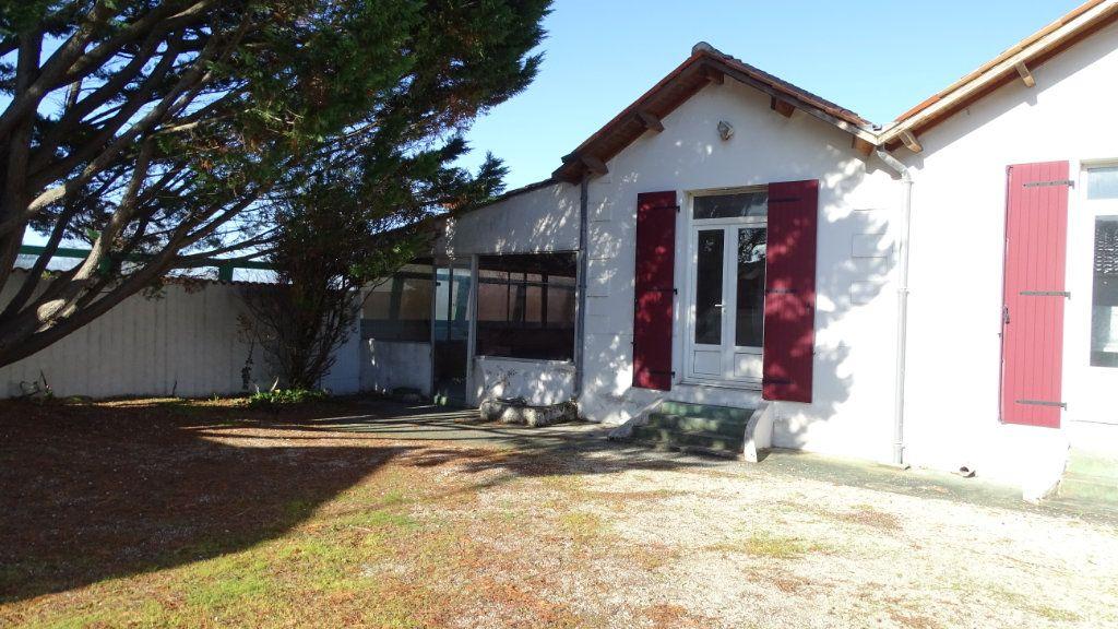 Maison à vendre 10 280m2 à Saint-Vivien vignette-5
