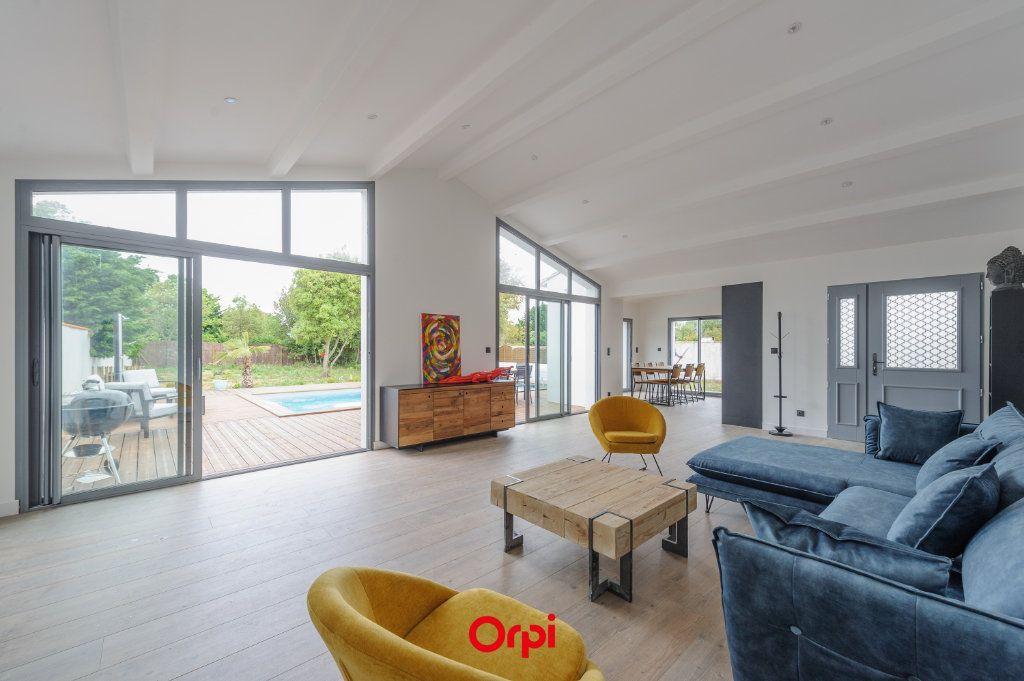Maison à vendre 6 200m2 à La Couarde-sur-Mer vignette-1