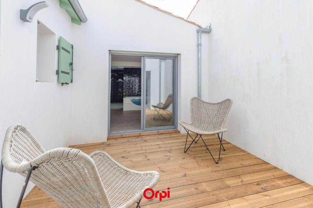 Maison à vendre 6 200m2 à La Couarde-sur-Mer vignette-4