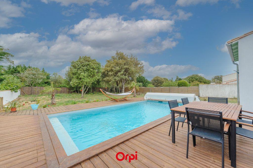 Maison à vendre 6 200m2 à La Couarde-sur-Mer vignette-14