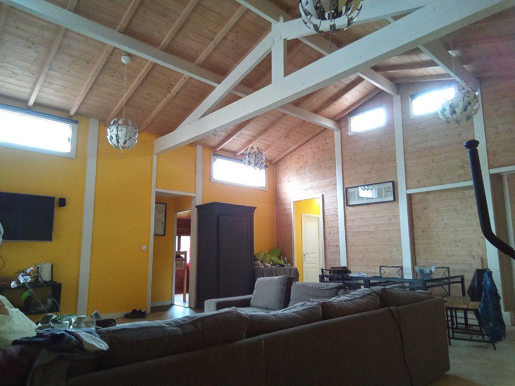 Maison à vendre 7 173m2 à Saint-Hilaire-la-Palud vignette-7