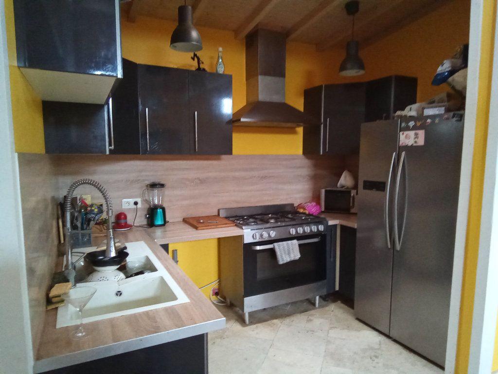 Maison à vendre 7 173m2 à Saint-Hilaire-la-Palud vignette-9