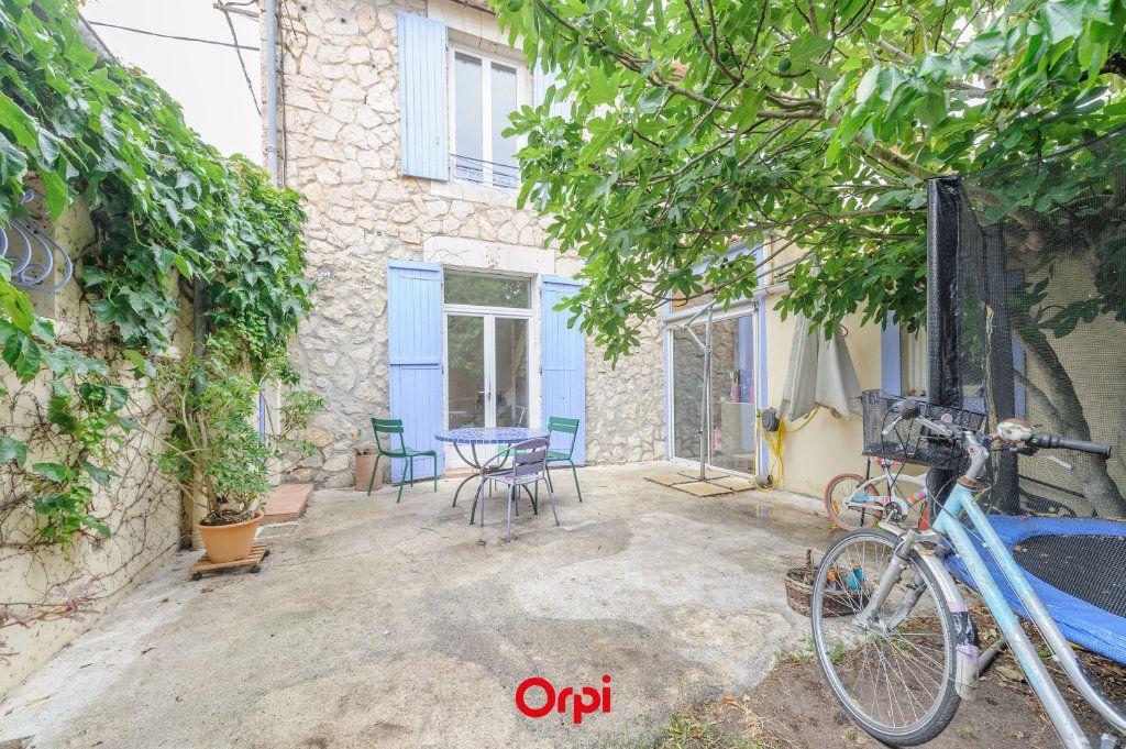 Maison à vendre 5 110m2 à La Rochelle vignette-1
