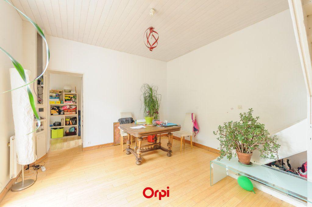 Maison à vendre 5 110m2 à La Rochelle vignette-3