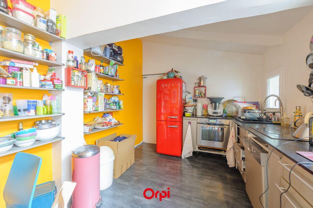 Maison à vendre 5 110m2 à La Rochelle vignette-4