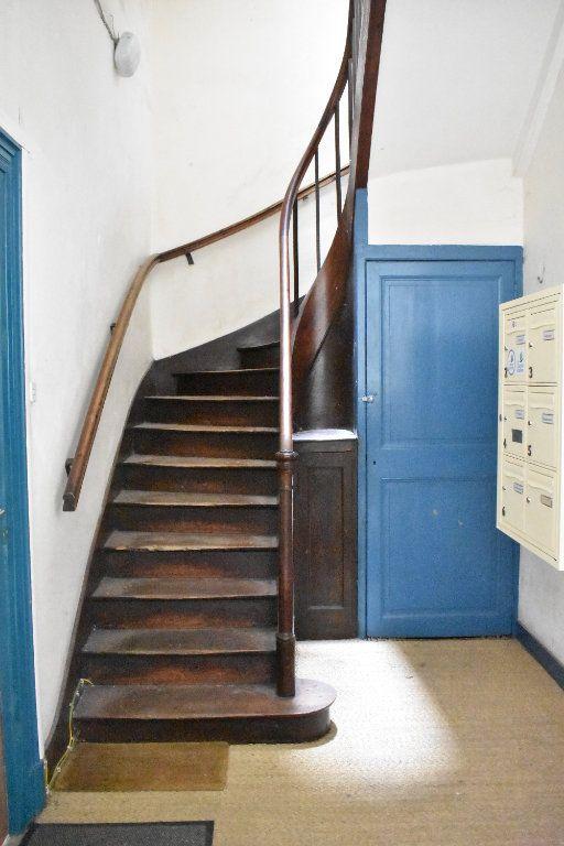 Appartement à vendre 1 21m2 à Rochefort vignette-1