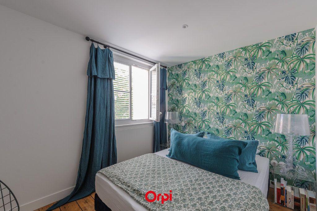 Appartement à vendre 3 64m2 à La Rochelle vignette-5
