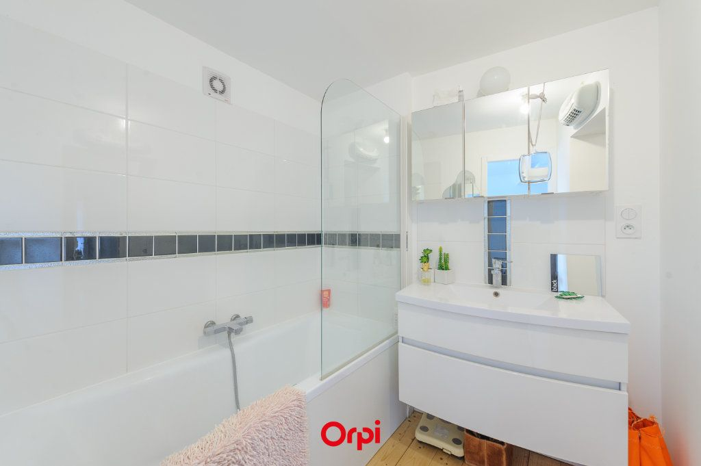 Appartement à vendre 3 84m2 à La Rochelle vignette-10