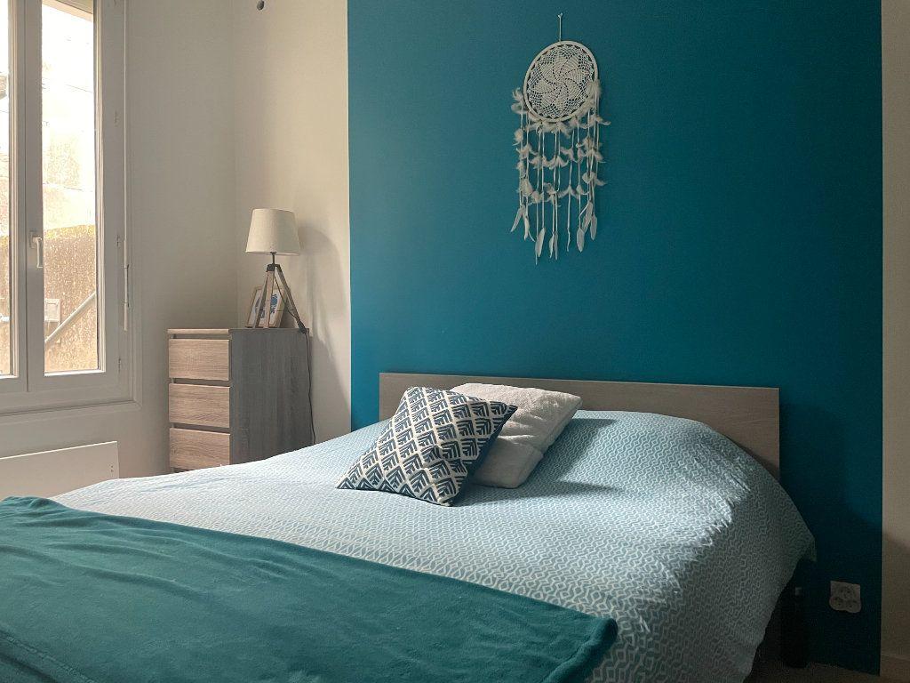 Appartement à vendre 2 32.88m2 à Rochefort vignette-4