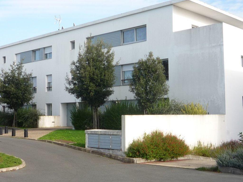 Appartement à louer 2 38.06m2 à Périgny vignette-1